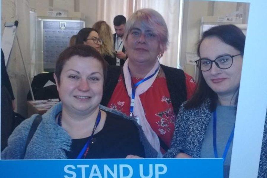 День прав людини у Верховній Раді України: в Парламенті слухали жінок, які живуть з накозалежністю