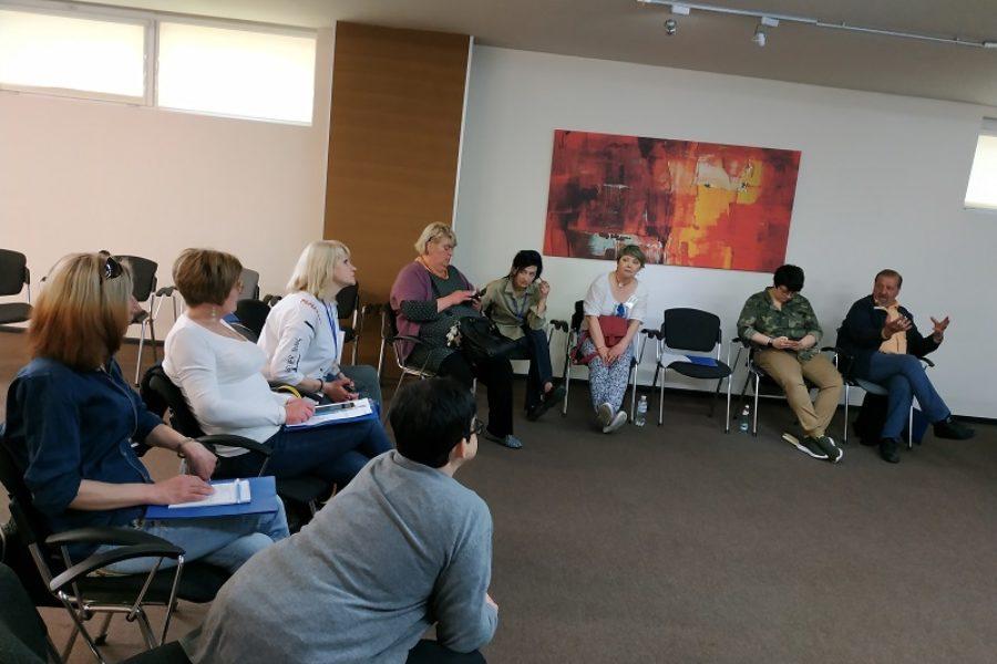 Спільний семінар для лікарів-наркологів та пацієнток ЗПТ