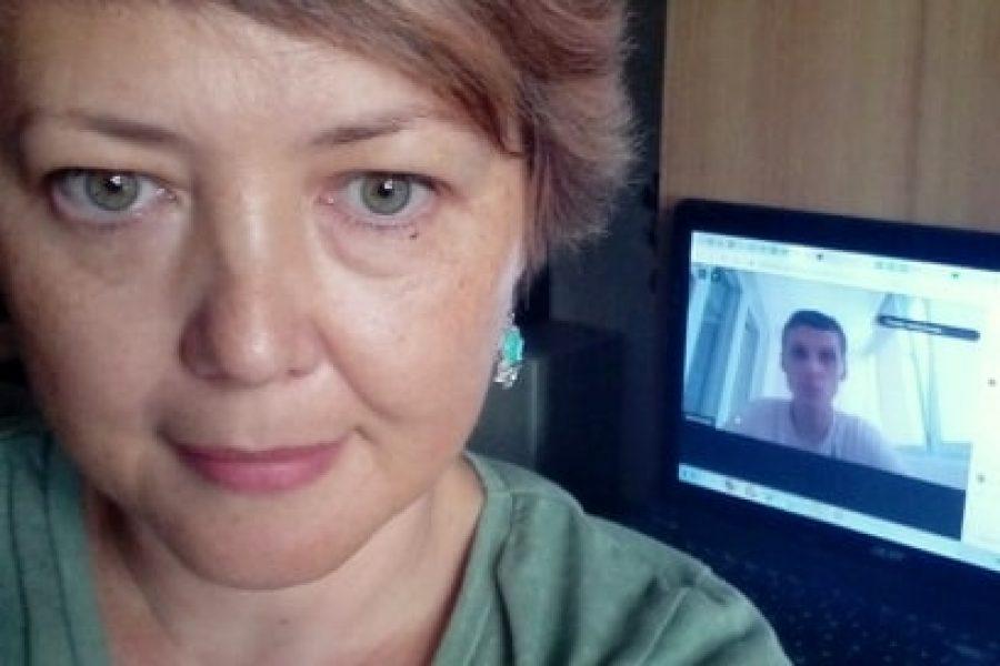 """Активістки ВО """"ВОНА"""" взяли участь в онлайн-конференції """"Спитай свого представника!"""""""
