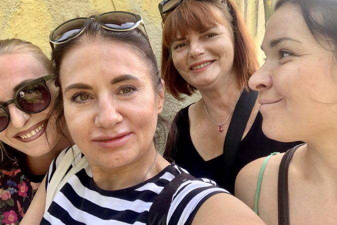 Інформаційна зустріч для представниць спільноти в Харкові на тему материнства, прав та обов'язків